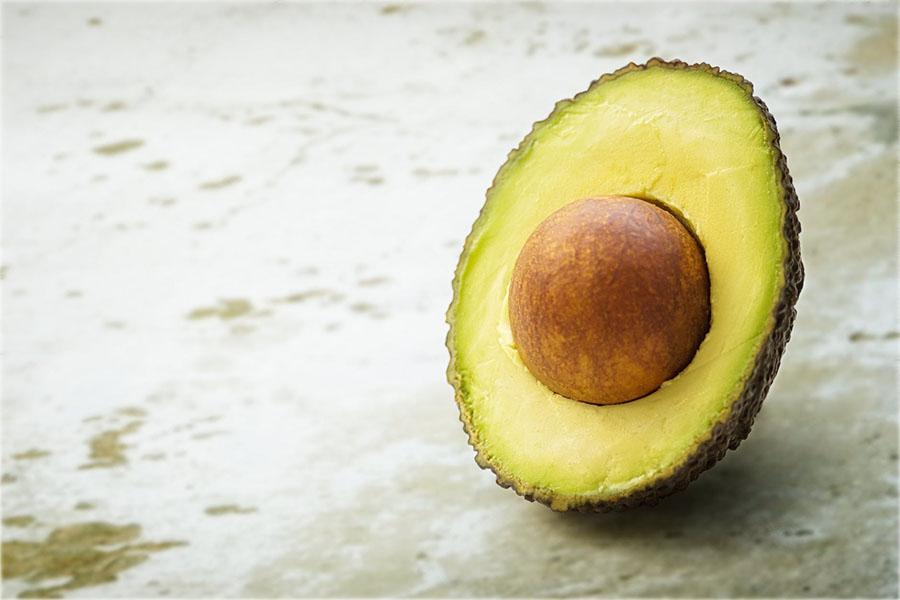 Kurangkan kolestrol dengan avokado
